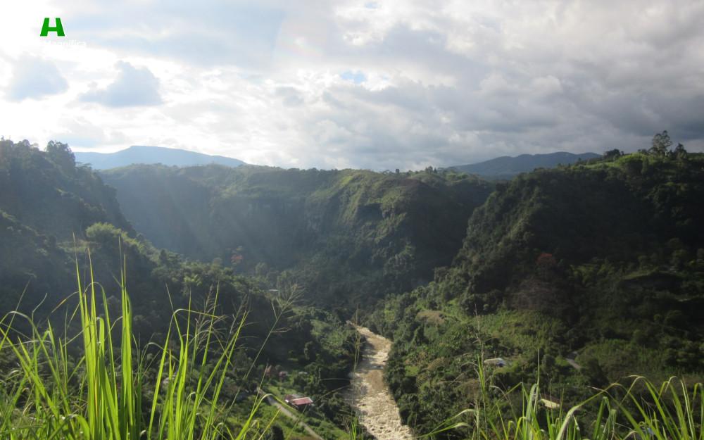 paisaje-atravesado-por-el-rio-magdalena-huila-magnifica