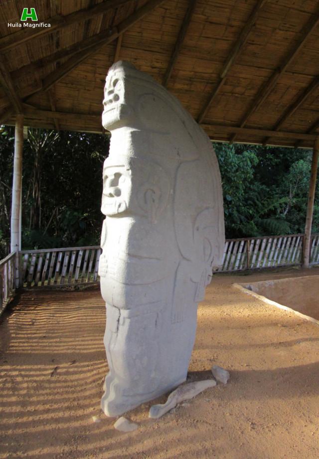 Escultura principal del Alto de las Piedras