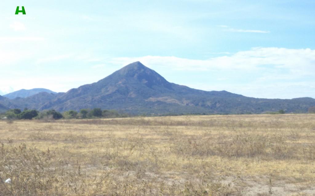 Cerro del Pacande (Tolima), al sur Huila.