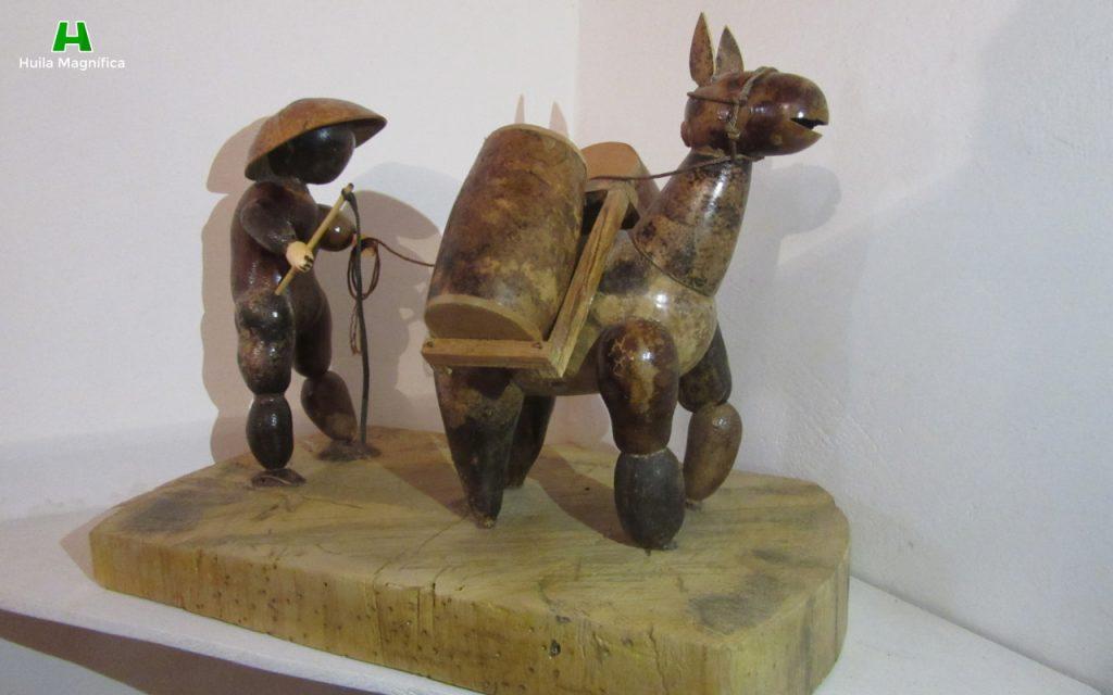 El Bobo El Burro y El Barril - Museo Artesanal Cas del Totumo