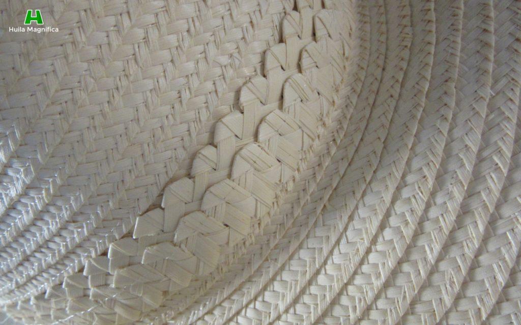 Detalles en los sombreros de Pindo
