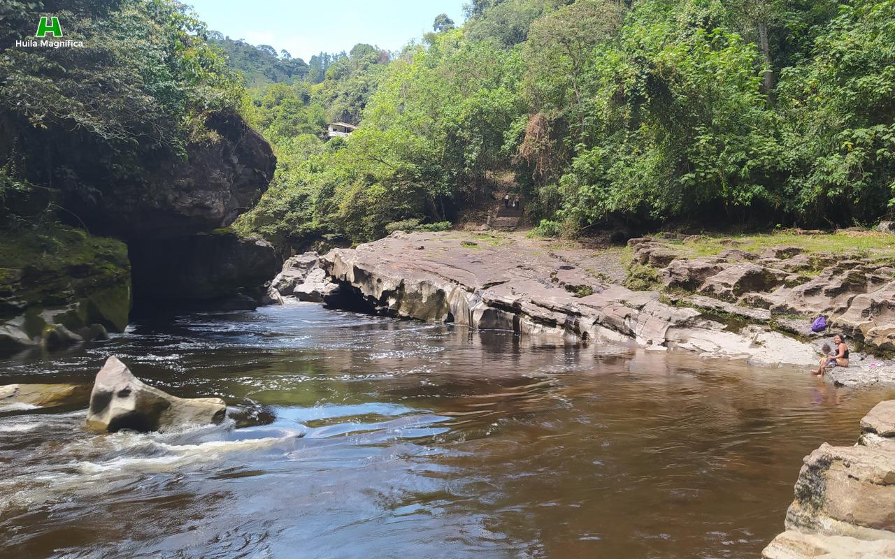 Estrecho del Río Magdalena