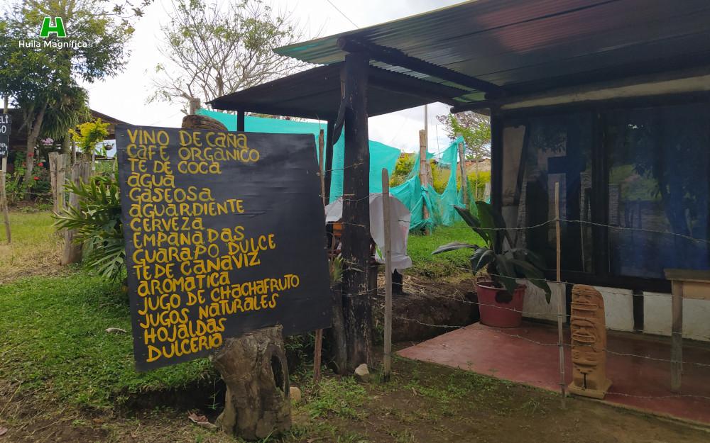 Cafeterías al frente del sitio