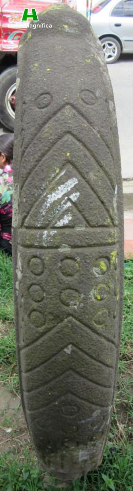 Detalles de la Pieza de Arte exhibida en la entrada de la casa de la cultura del Municipio de Isnos