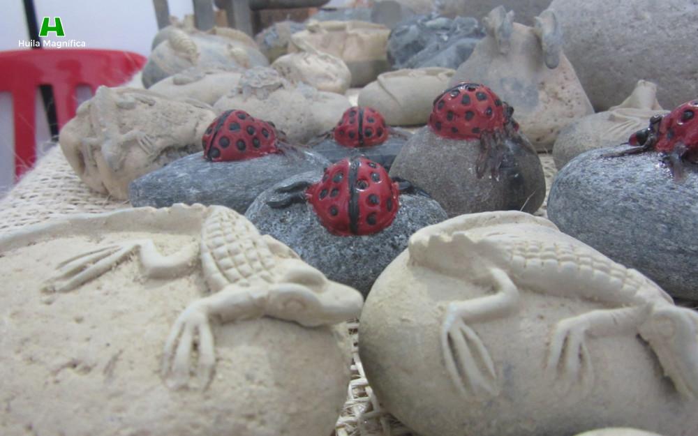 Escultura de animales mediante el tratamiento de la piedra