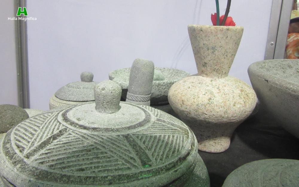 Escultura, estatuaria, metates y morteros