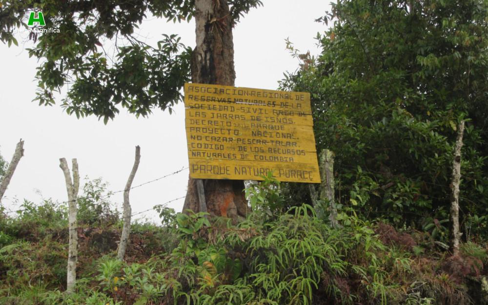 Anuncio sobre el Parque Nacional Natural Puracé (No cazar, No pescar y No Talar)