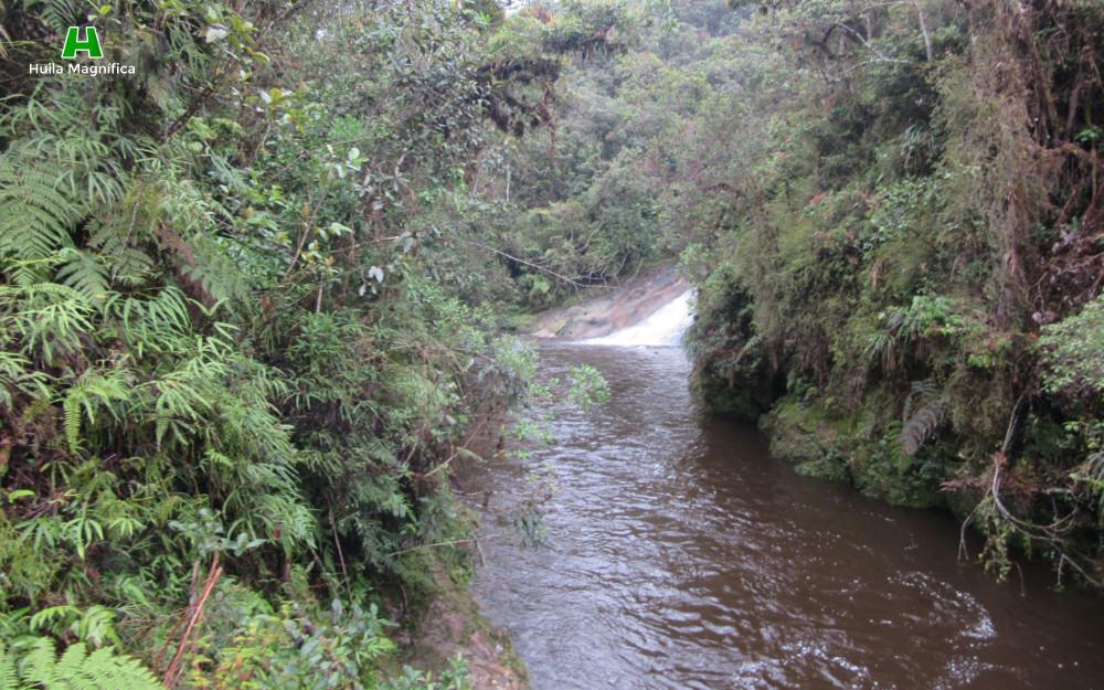 Río donde desemboca la Cascada Arco de Las Jarras