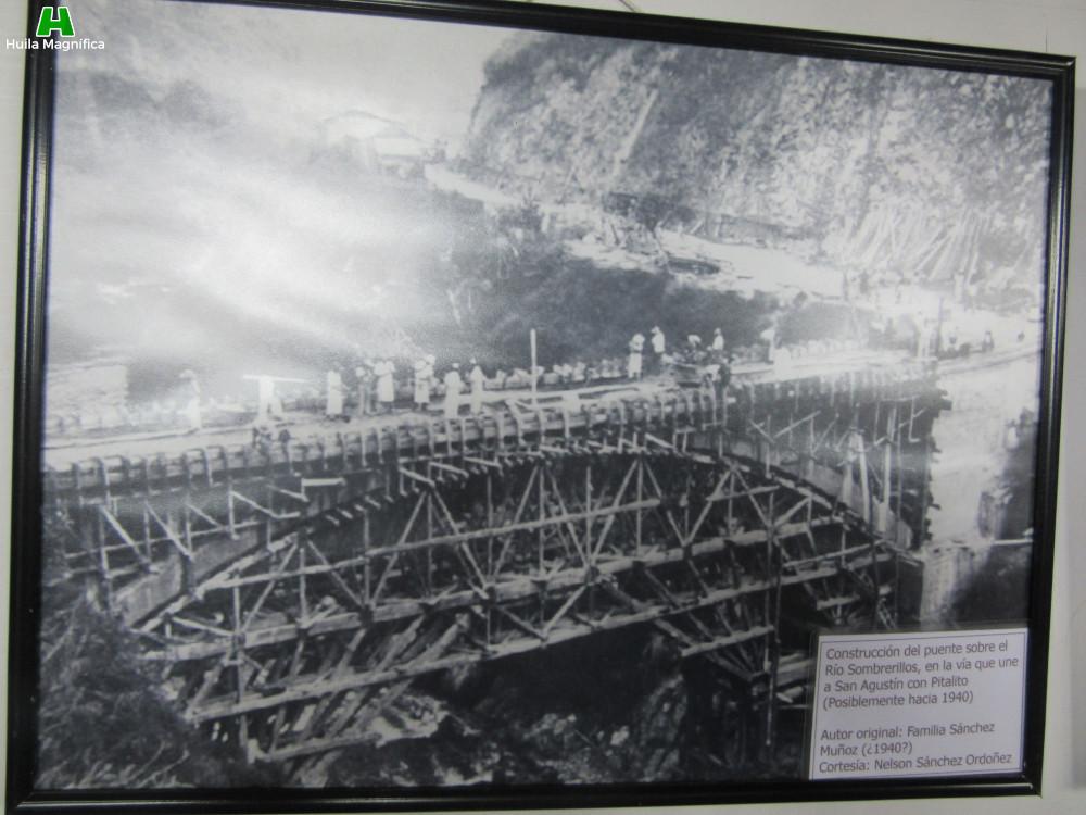 Contrucción del puente sobre el río Sombrerillos (Une a San Agustín con Pitalito)