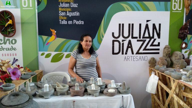 Julián Díaz - Talla en Piedra
