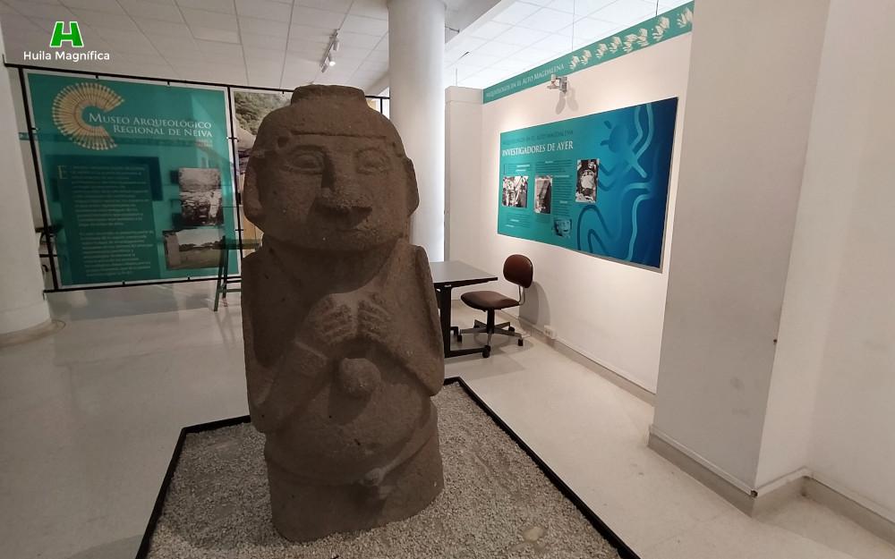 Estatua en el Museo Arqueológico Regional del Huila