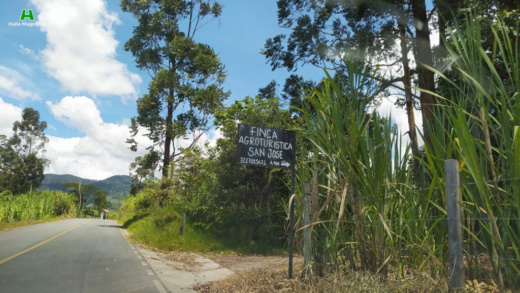 Entrada a Piaya Cayana, después de la Finca San José.