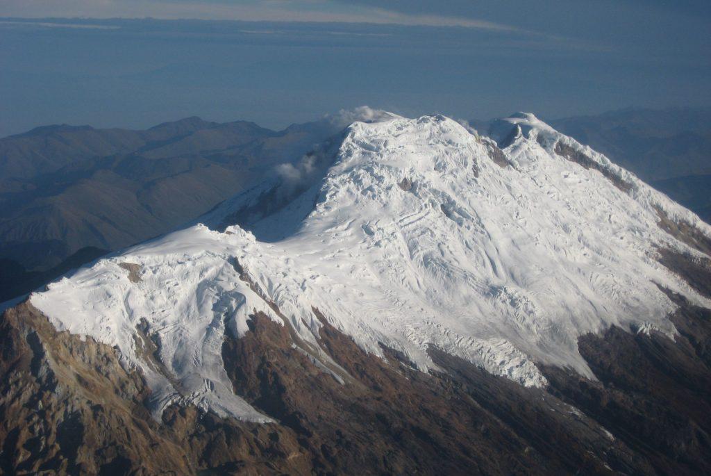 Picos del Volcán Nevado del Huila. 2007. Autoría: Servicio Geológico Colombiano
