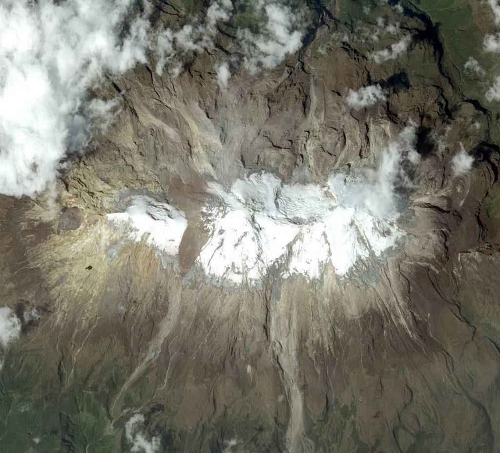 Volcán Nevado del Huila. Enero de 2016. Escena de imagen SPOT. IDEAM